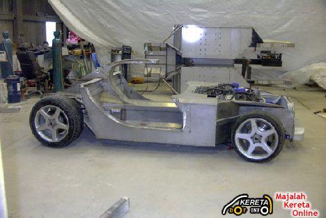 Biodiesel powered sports car Trident Iceni 4
