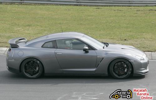 GTR V-Spec spotted