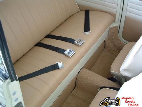Rear Seat Belt 3