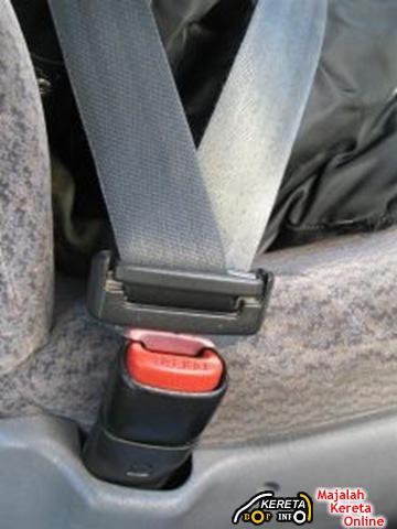 Rear Seat Belt
