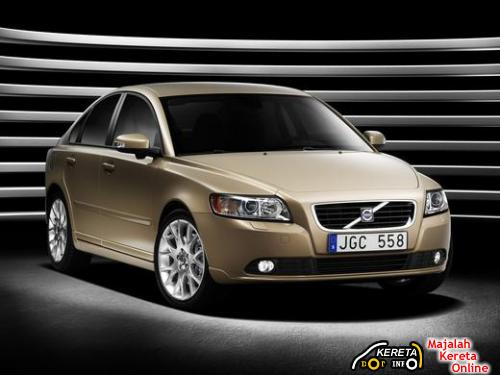 facelifted new volvo s40 with lower price in malaysia by volvo malaysia