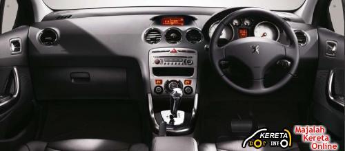 PEUGEOT 308 2 - interior