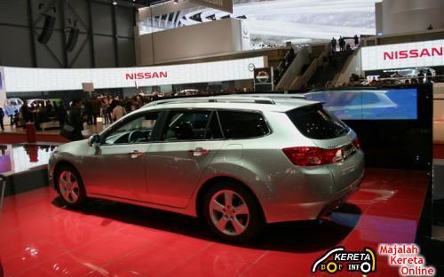 2010 HONDA ACCORD CROSSOVER WAGON MPV CONCEPT CAR
