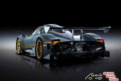 TRACK ONLY ZONDA R REAR VIEW