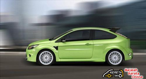 FORD FOCUS RS side view