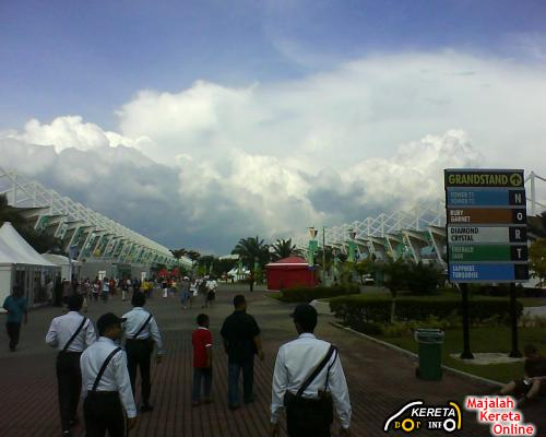 WELCOME TO SEPANG INTERNATIONAL FORMULA 1 CIRCUIT SIC - FREE VISIT TO GRANDSTAND
