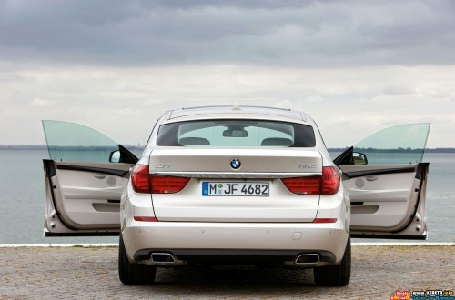 bmw-5-series-gt-rear-face