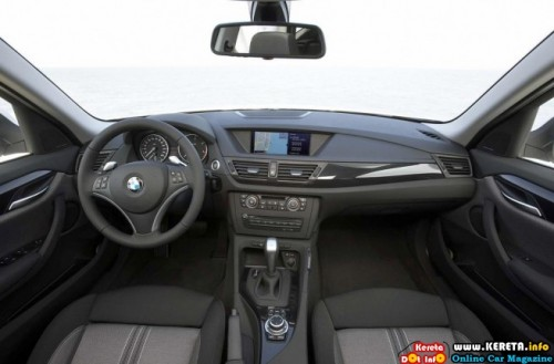 2010 bmw x1 official photos 17 500x329