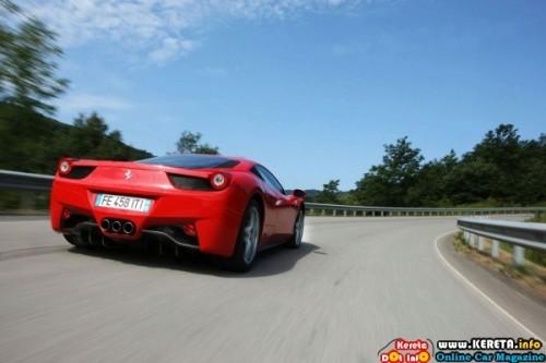 ferrari-458-italia-officially-unveiled-3