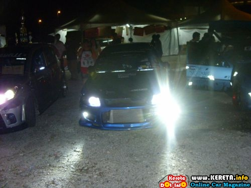 night autoshow modified car picture 1