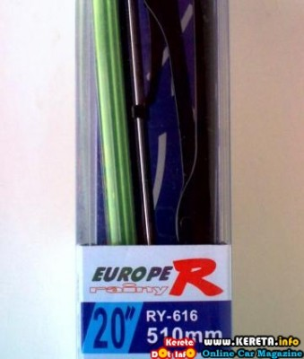 CHANGE YOUR RUBBER WITH SILICONE WIPER BLADE 2 339x400