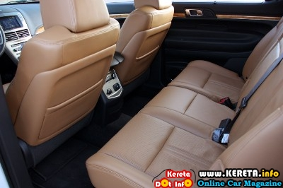 2010 Lincoln MKT EcoBoost AWD Interior View 1024x682