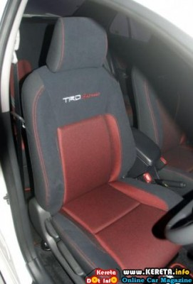 Facelifted Toyota TRD Sportivo seat 271x400