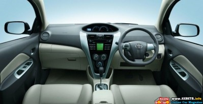 Facelifted Toyota Vios G dashboard 399x206
