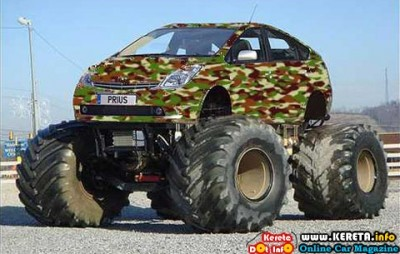 TOYOTA PRIUS BIGFOOT MONSTER TRUCK 400x254