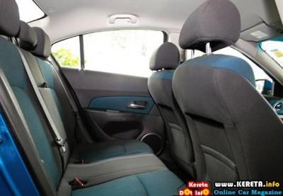 Chevrolet Cruze 6 400x277
