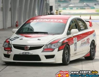 Honda Malaysia Racing Team HMRT ONCE AGAIN RISES TO THE CHALLENGE FOR MME RACE 2010 400x311