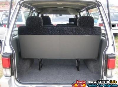 Nissan Vanette 3 400x298