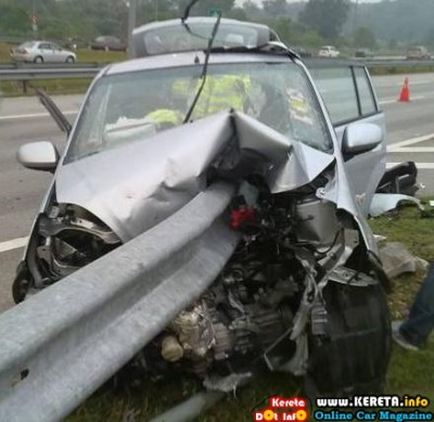 PERODUA VIVA ACCIDENT PICTURE - LEVEL OF SAFETY?