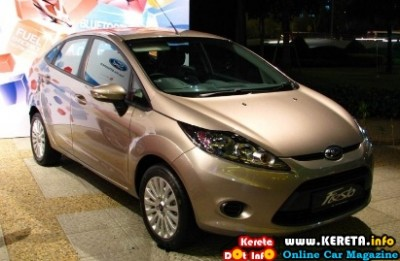 The Ford Fiesta Sedan Lx   Ti Vct Has The Same Engine And Dual Clutch Transmission As The   Sports Hatchback But Curiously There Is Only One Driver