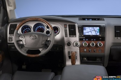 2011 toyota tundra crewmax platinum package dashboard view 400x266
