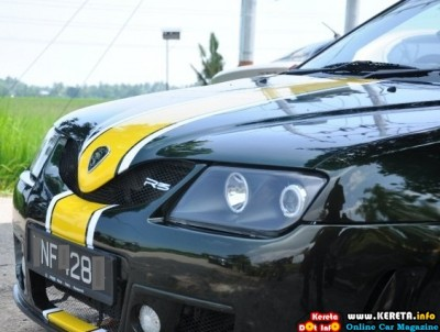 WAJA & SAGA R3 LOTUS RACING
