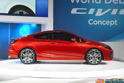 2011 honda civic si concept detroit side view 400x267