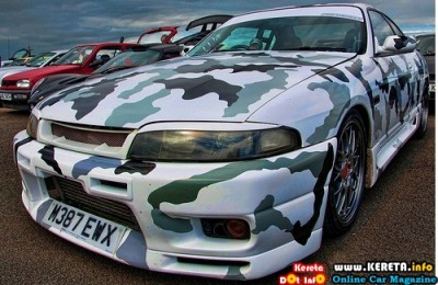 MODIFIED CARS - CAMOUFLAGE ARMY STYLE