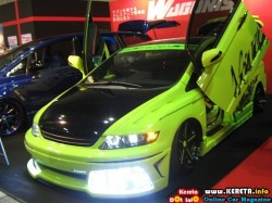 GREEN LOW RIDER - MODIFIED HONDA ODYSSEY