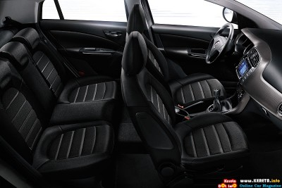 2011 fiat bravo mylife interior view 400x267