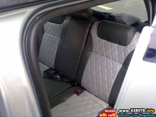 komi seat cover grey 500x375