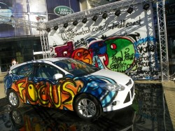 FORD FOCUS MIDDLE EAST GRAFITTY - A VANDALISME?