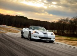 Chevrolet-Corvette_427_Convertible_2013_800x600_wallpaper_01