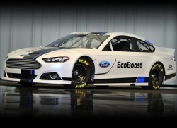 Ford-Fusion_NASCAR_2013_800x600_wallpaper_01