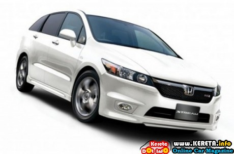 HONDA STREAM RSZ VS TOYOTA WISH