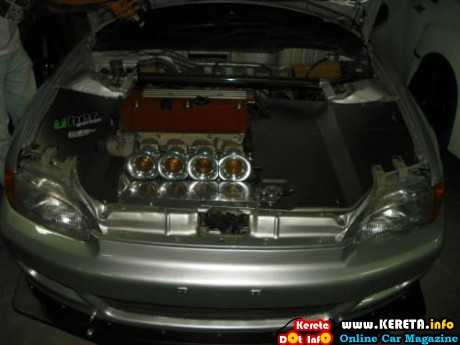 EXTREME ENGINE MODIFICATION DECORATION AUTOSHOW CAR (2)