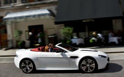 Aston-Martin-V12-Vantage-Roadster-2013-widescreen-14