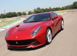 Ferrari-F12berlinetta_2013_800x600_wallpaper_04