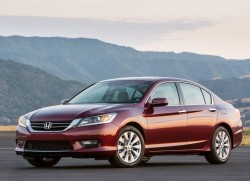 Honda-Accord_2013_800x600_wallpaper_01