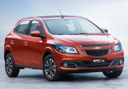 Chevrolet-Onix_2013_800x600_wallpaper_01