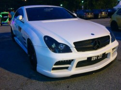 wpid-Modified-mercedes-benz-amg-custom-body-kit-bumper.JPG