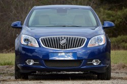 06-2013-buick-verano-turbo-review