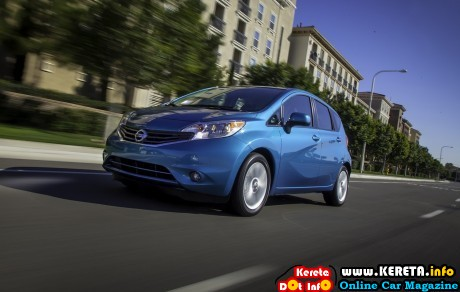 Nissan Versa Note 2014 widescreen 17 460x292