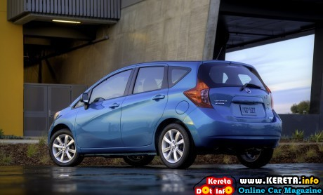 Nissan Versa Note 2014 widescreen 29 460x278