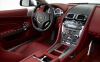 Aston-Martin-DB9-2013-widescreen-14
