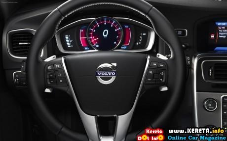 Volvo-V60-2014-widescreen-08
