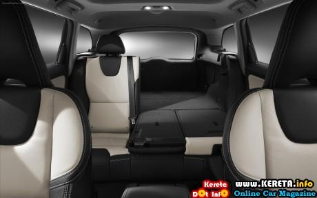 Volvo-XC60-2014-widescreen-06