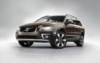 Volvo-XC70-2014-widescreen-01
