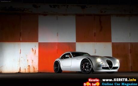 Wiesmann-GT-MF4-CS-2013-widescreen-07