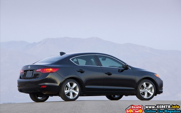 ACURA-ILX-2014-widescreen-41
